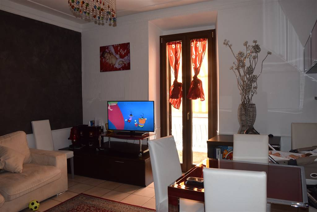 Appartamento in affitto a Fara in Sabina, 2 locali, zona Zona: Passo Corese, prezzo € 650 | Cambio Casa.it
