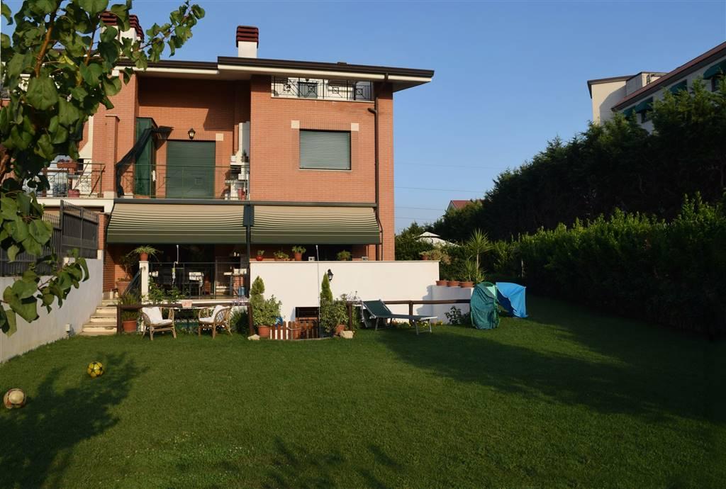 Appartamento in affitto a Fiano Romano, 3 locali, prezzo € 750 | CambioCasa.it