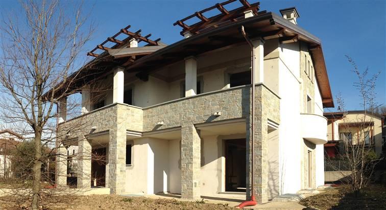 Case oggiono compro casa oggiono in vendita e affitto su for Case affitto lecco arredate