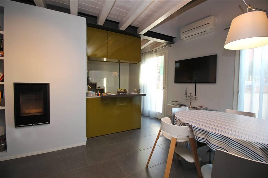Casa singola a LECCO 5 Vani - Giardino 100 Mq