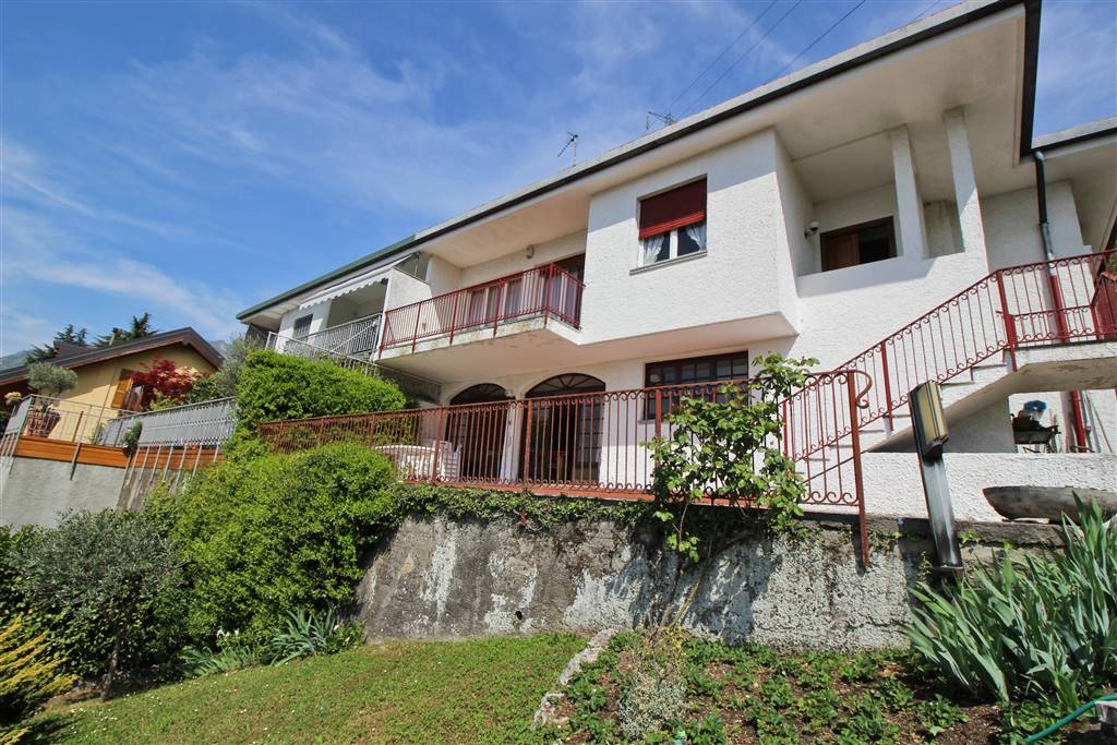 Villa a LECCO 224 Mq | 5 Vani | Giardino 1200 Mq