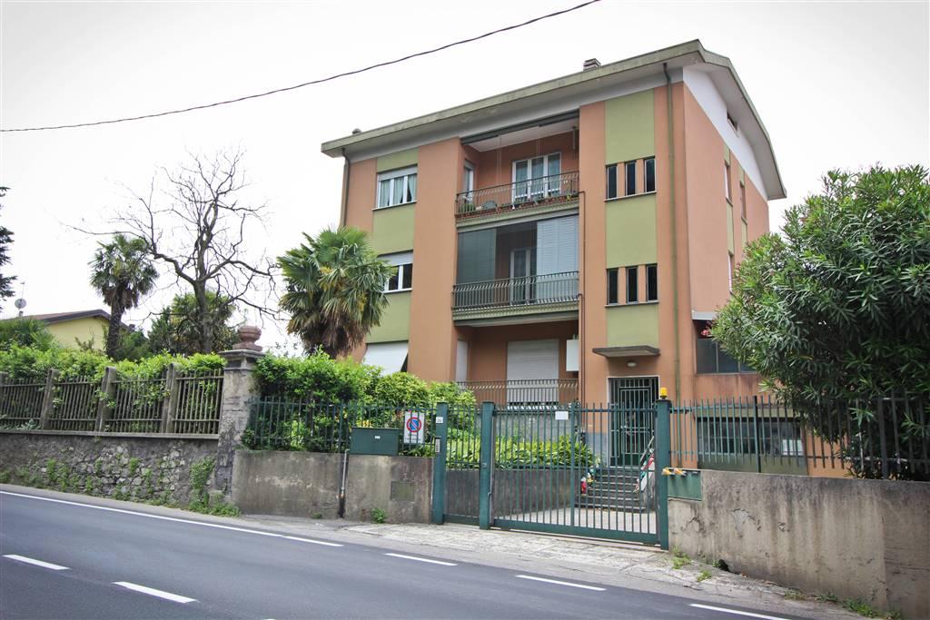 Appartamento a LECCO 125 Mq   4 Vani   Giardino 100 Mq