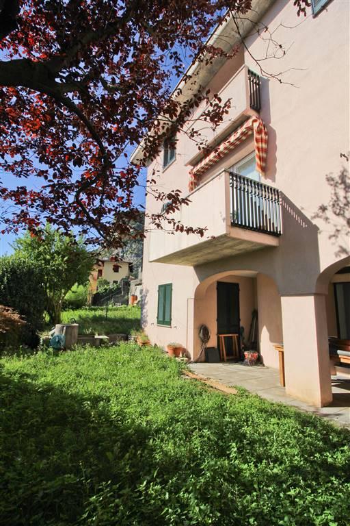 Villa a CALOLZIOCORTE 240 Mq | 10 Vani | Giardino 400 Mq