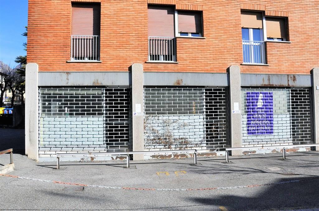 negozio  in Vendita a Lecco