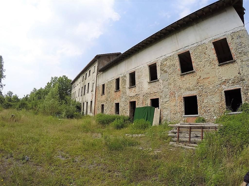 Palazzo-stabile Vendita Merate