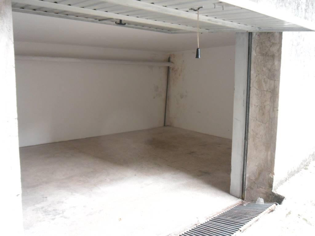Box / Garage in vendita a Pontecagnano Faiano, 1 locali, zona Zona: Pontecagnano, prezzo € 14.000 | CambioCasa.it
