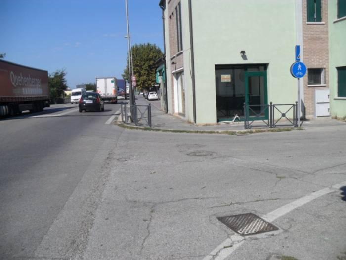 Negozio / Locale in vendita a Chioggia, 2 locali, zona Località: SANTANNA, prezzo € 130.000 | Cambio Casa.it