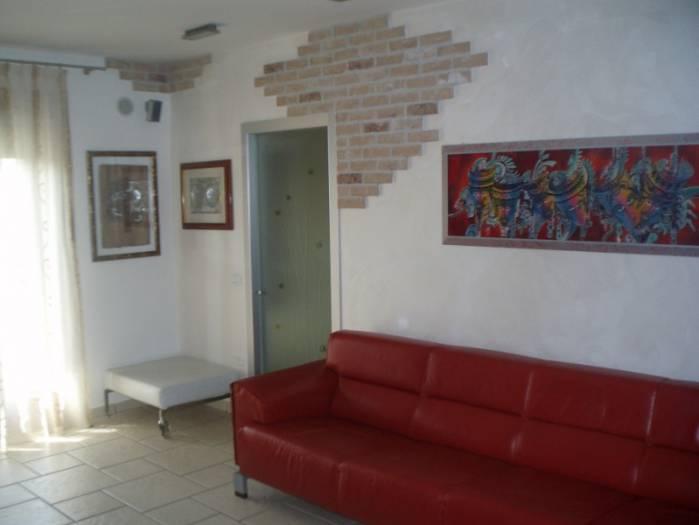 Appartamento in vendita a Codevigo, 3 locali, zona Zona: Conche, prezzo € 125.000 | Cambio Casa.it