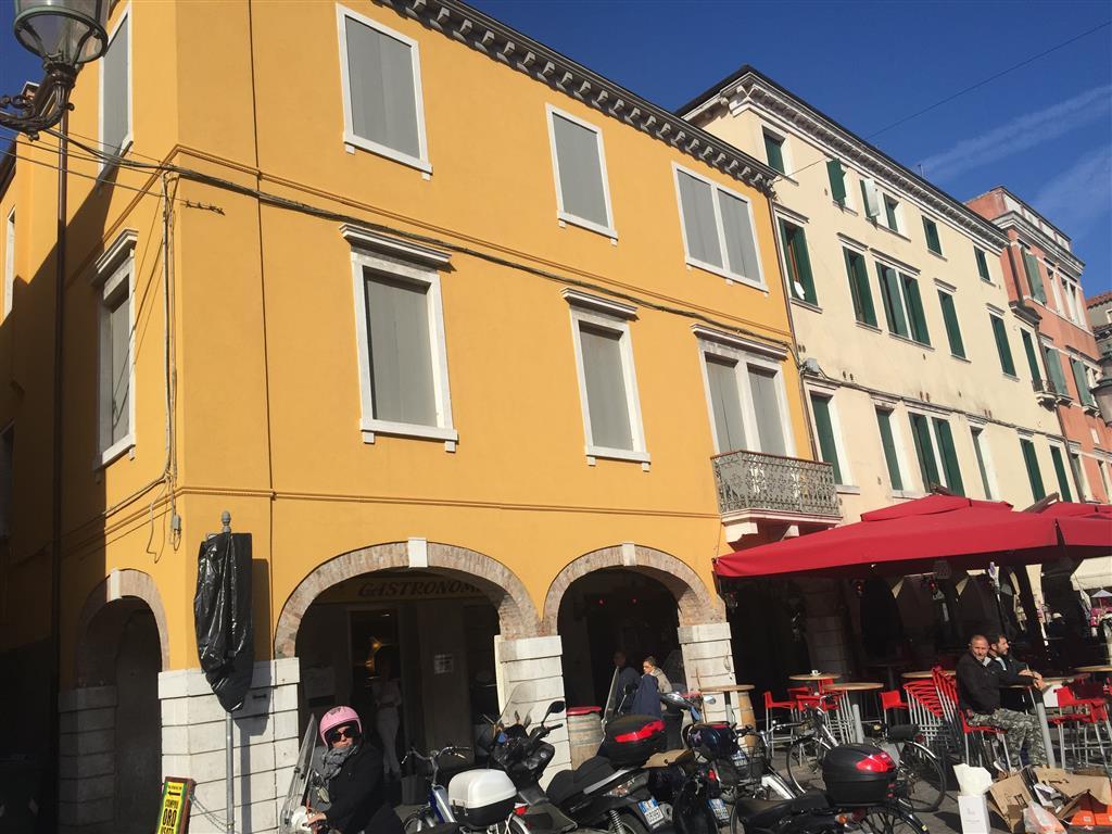 Ufficio / Studio in affitto a Chioggia, 9999 locali, zona Località: CHIOGGIA CENTRO STORICO, prezzo € 1.200 | Cambio Casa.it