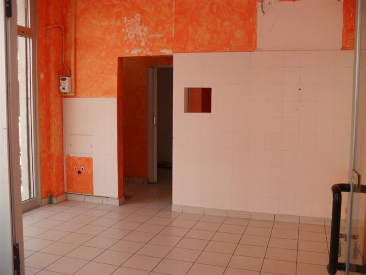 Negozio / Locale in affitto a Chioggia, 1 locali, zona Zona: Sottomarina, prezzo € 500 | Cambio Casa.it