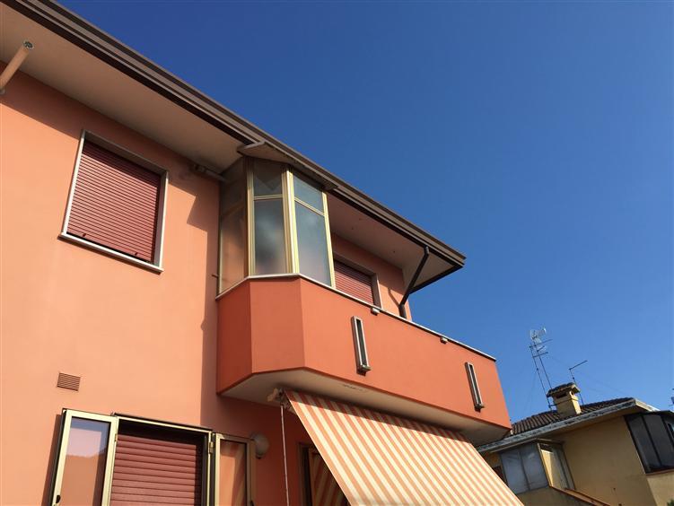 Appartamento in vendita a Rosolina, 4 locali, prezzo € 85.000 | Cambio Casa.it