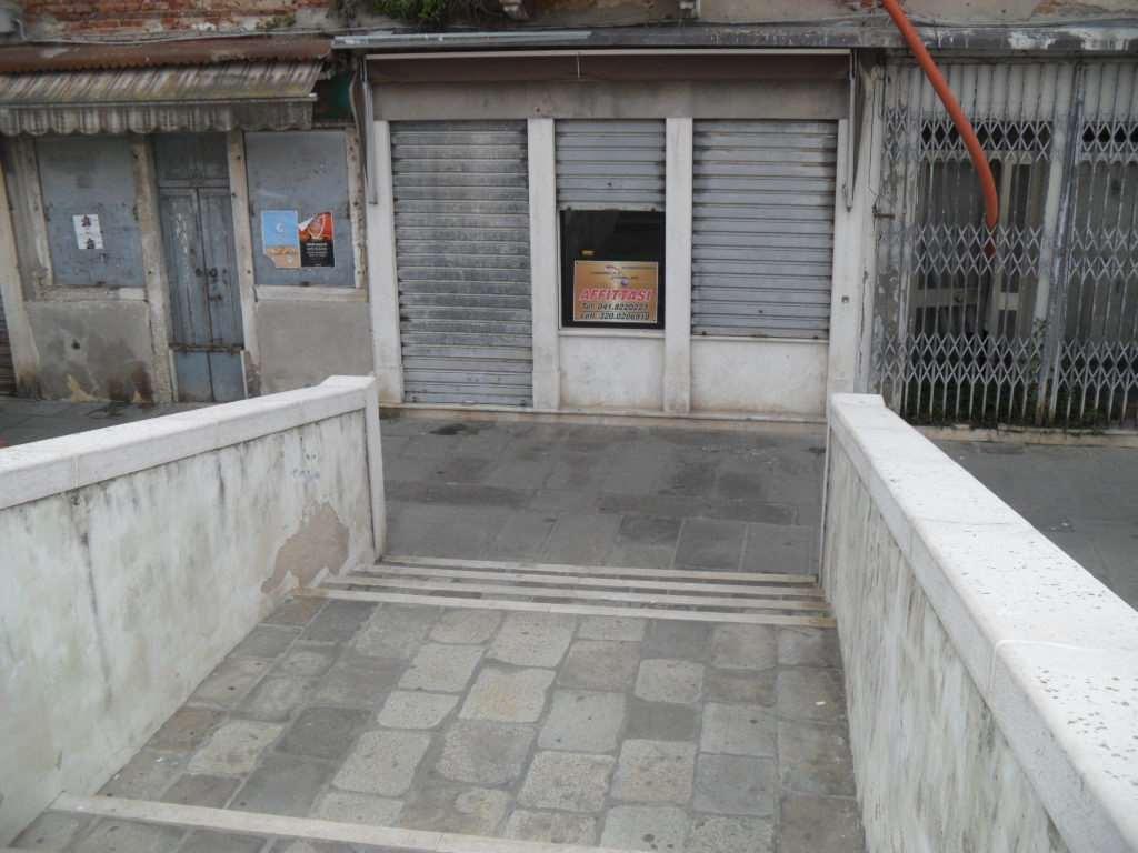 Negozio / Locale in affitto a Chioggia, 9999 locali, zona Località: CHIOGGIA CENTRO STORICO, prezzo € 350 | Cambio Casa.it