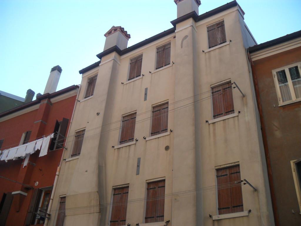 Soluzione Indipendente in vendita a Chioggia, 4 locali, zona Località: CHIOGGIA CENTRO STORICO, prezzo € 180.000   Cambio Casa.it