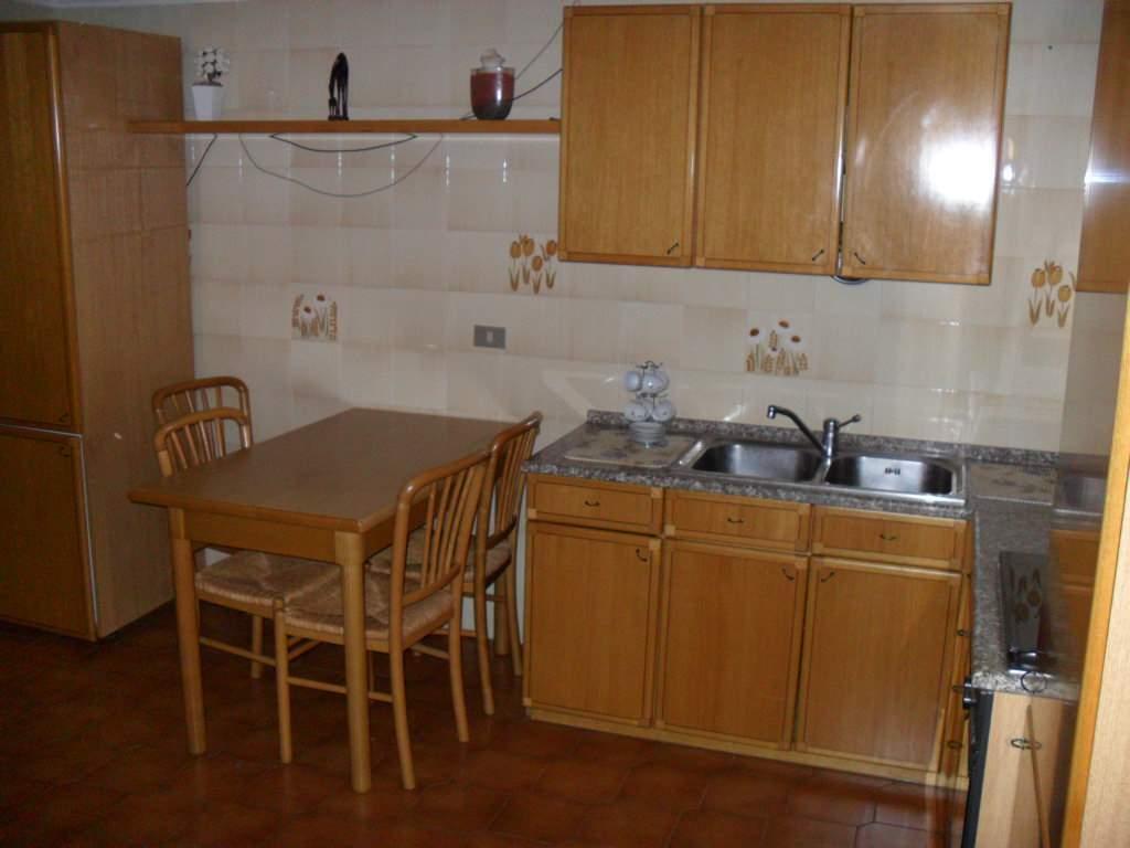 Appartamento in affitto a Chioggia, 2 locali, zona Località: CHIOGGIA CENTRO STORICO, prezzo € 400 | Cambio Casa.it