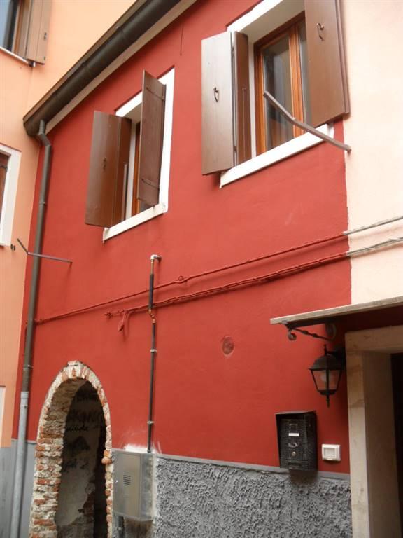 Soluzione Indipendente in vendita a Chioggia, 4 locali, zona Località: CHIOGGIA CENTRO STORICO, prezzo € 129.000 | CambioCasa.it