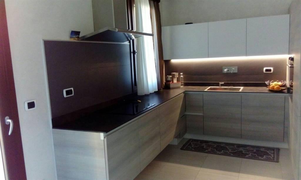 Soluzione Indipendente in vendita a Chioggia, 5 locali, zona Zona: Sottomarina, prezzo € 370.000   Cambio Casa.it