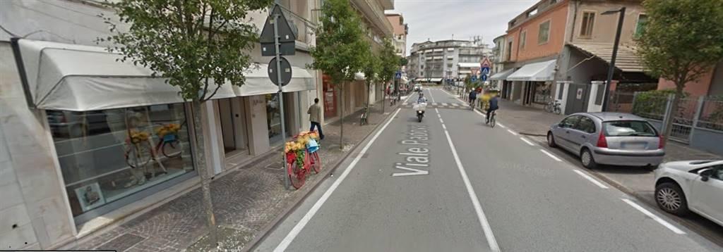 Palazzo / Stabile in vendita a Chioggia, 16 locali, zona Zona: Sottomarina, prezzo € 840.000 | CambioCasa.it