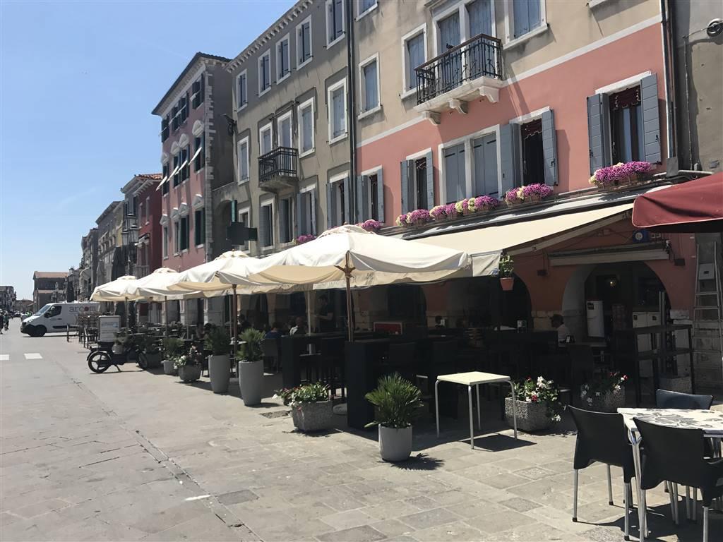 Bar in vendita a Chioggia, 3 locali, zona Località: CHIOGGIA CENTRO STORICO, Trattative riservate | CambioCasa.it