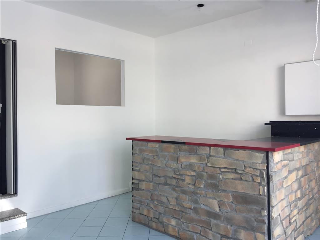 Negozio / Locale in affitto a Chioggia, 1 locali, zona Zona: Sottomarina, prezzo € 500 | CambioCasa.it