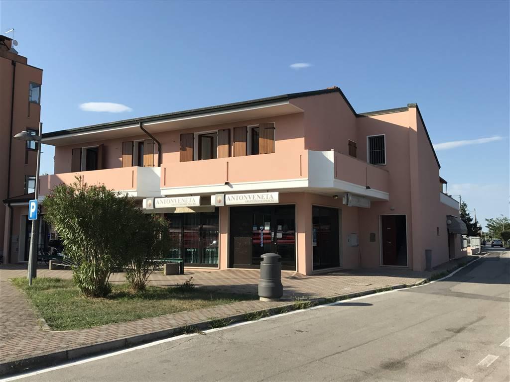 Appartamento in affitto a Chioggia, 5 locali, zona Località: SANTANNA, prezzo € 500 | CambioCasa.it