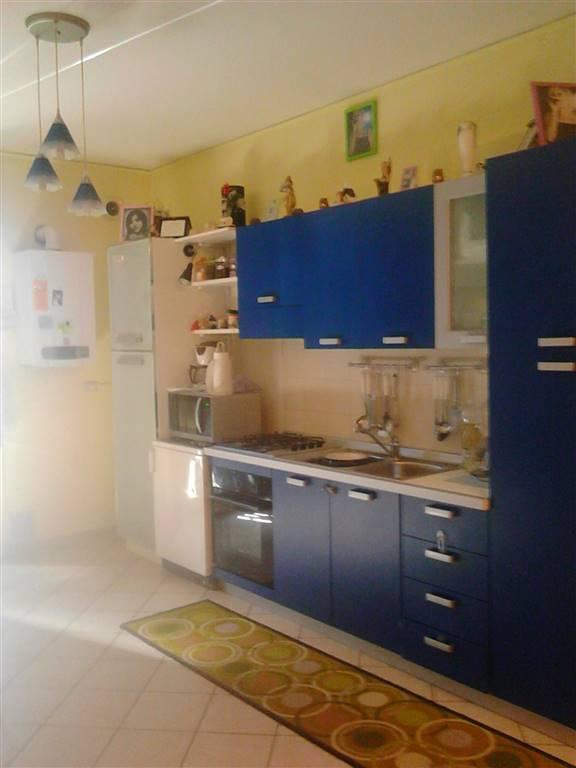 Appartamento in vendita a Anguillara Veneta, 6 locali, prezzo € 90.000 | CambioCasa.it