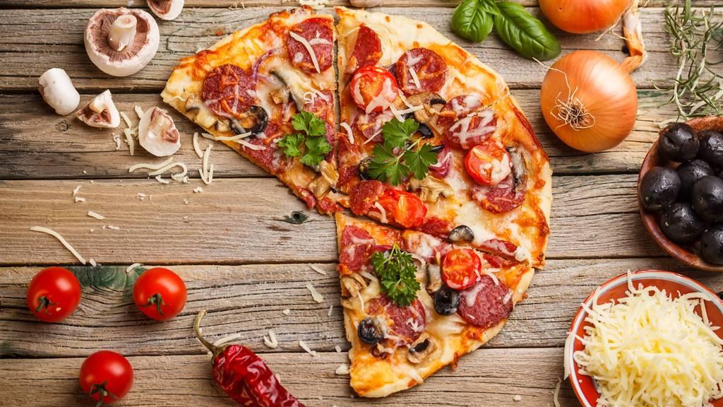 Ristorante / Pizzeria / Trattoria in affitto a Chioggia, 4 locali, zona Zona: Sottomarina, prezzo € 2.000 | CambioCasa.it