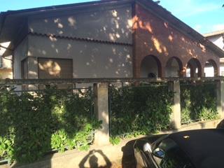 Villa in vendita a Crema, 7 locali, zona Località: CENTRO ESTERNO MURA, Trattative riservate | CambioCasa.it