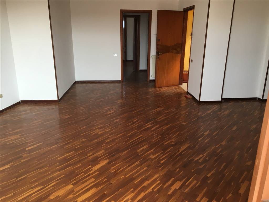 Appartamento in vendita a Trescore Cremasco, 4 locali, prezzo € 135.000 | Cambio Casa.it