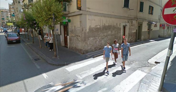 Attività commerciale  in Affitto a Salerno