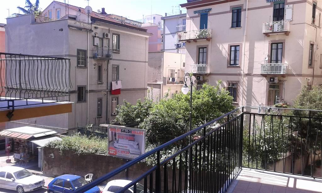 Trilocale in Via Lorenzo Cavaliero, Carmine, Salerno