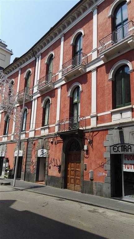 Appartamento in affitto a Salerno, 3 locali, zona Zona: Carmine, prezzo € 700 | CambioCasa.it