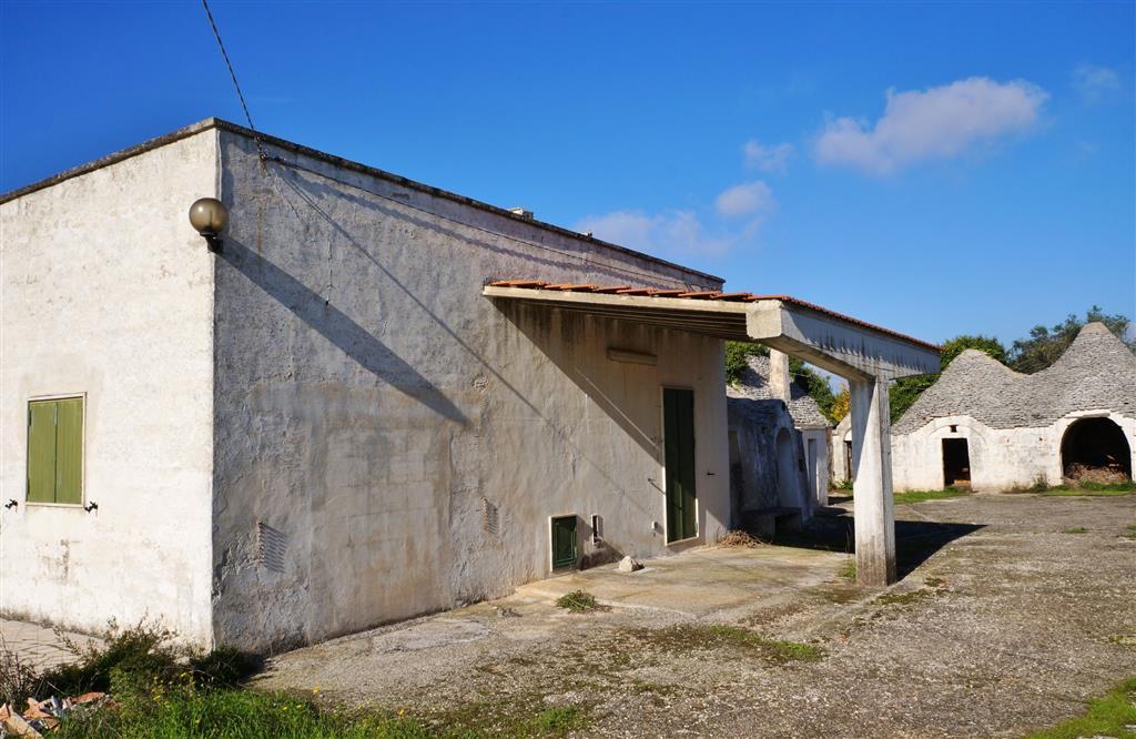 Altro in vendita a Cisternino, 13 locali, zona Località: FIGAZZANO, prezzo € 250.000 | Cambio Casa.it