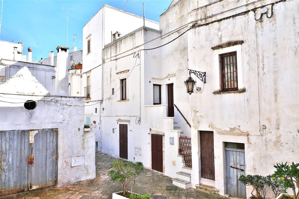 Soluzione Indipendente in vendita a Martina Franca, 4 locali, zona Località: CENTRO STORICO, prezzo € 105.000 | Cambio Casa.it