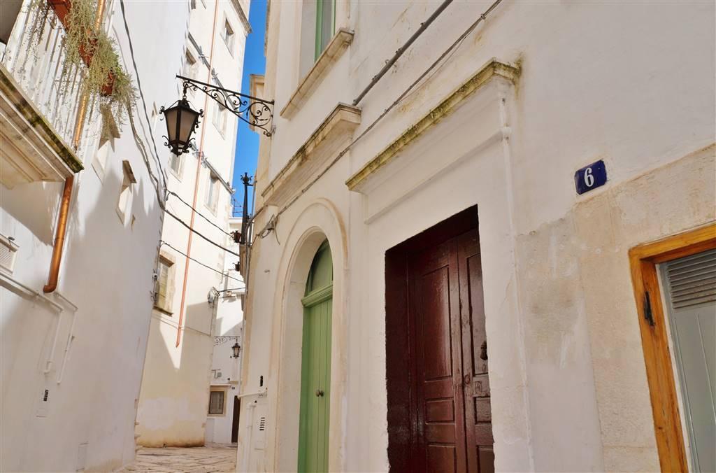 Soluzione Indipendente in vendita a Martina Franca, 2 locali, zona Località: CENTRO STORICO, prezzo € 58.000 | CambioCasa.it