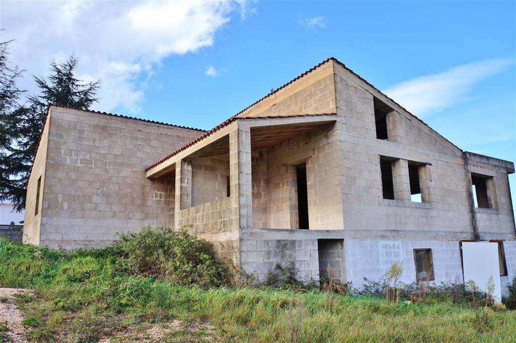 Villa in vendita a Martina Franca, 10 locali, zona Località: VIA CEGLIE, prezzo € 32.000 | CambioCasa.it