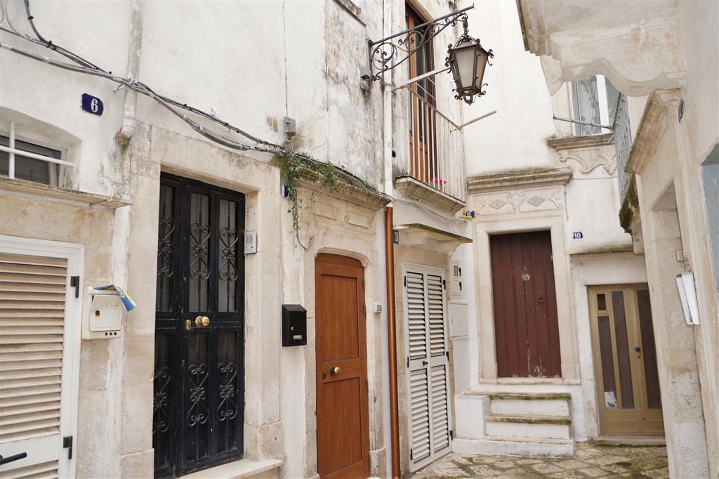 Soluzione Indipendente in vendita a Martina Franca, 3 locali, zona Località: CENTRO STORICO, prezzo € 80.000 | Cambio Casa.it