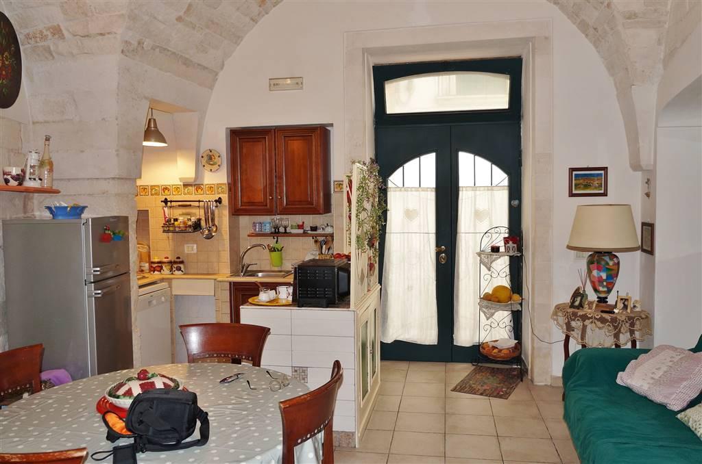 Soluzione Indipendente in vendita a Martina Franca, 2 locali, zona Località: CENTRO STORICO, prezzo € 89.000 | Cambio Casa.it