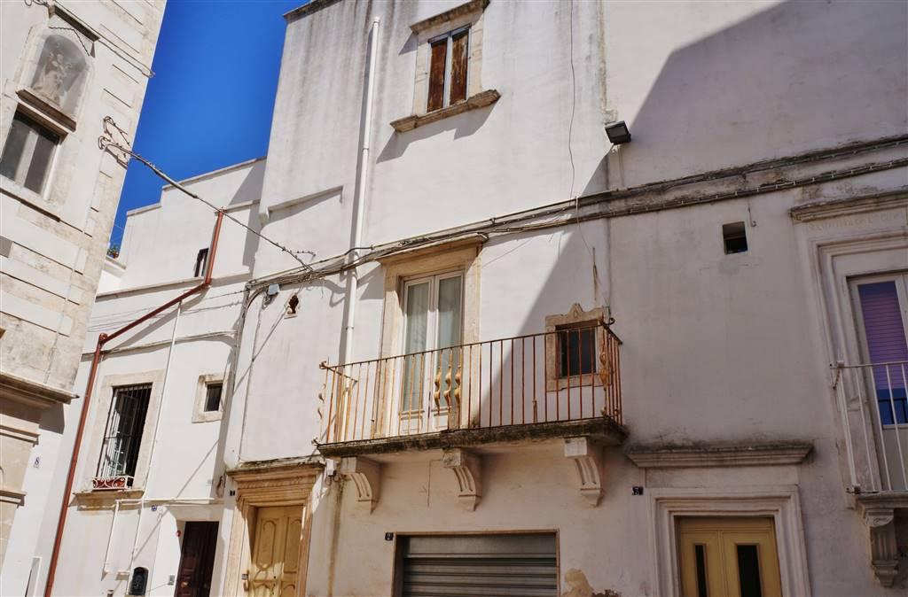 Soluzione Indipendente in vendita a Martina Franca, 3 locali, zona Località: CENTRO STORICO, prezzo € 130.000 | Cambio Casa.it