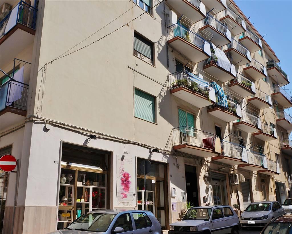 Appartamento in vendita a Martina Franca, 2 locali, zona Località: GHIACCIAIA, prezzo € 110.000 | Cambio Casa.it