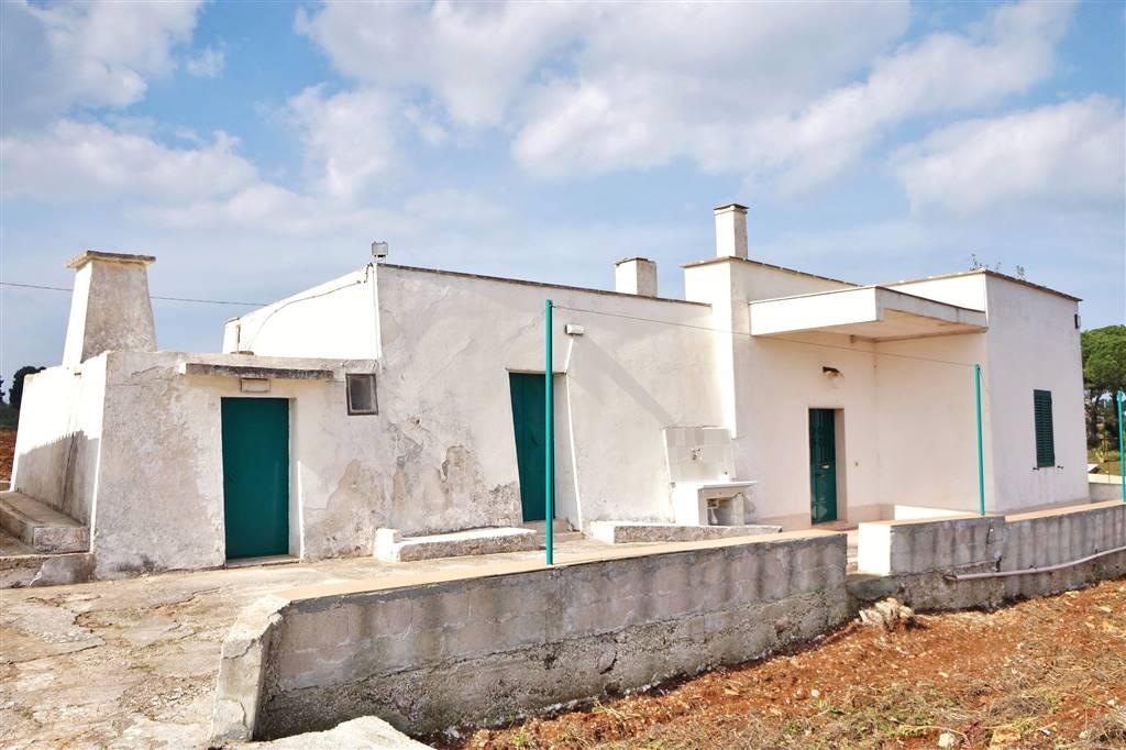 Rustico / Casale in vendita a Martina Franca, 2 locali, zona Località: PARETONE, prezzo € 55.000 | CambioCasa.it