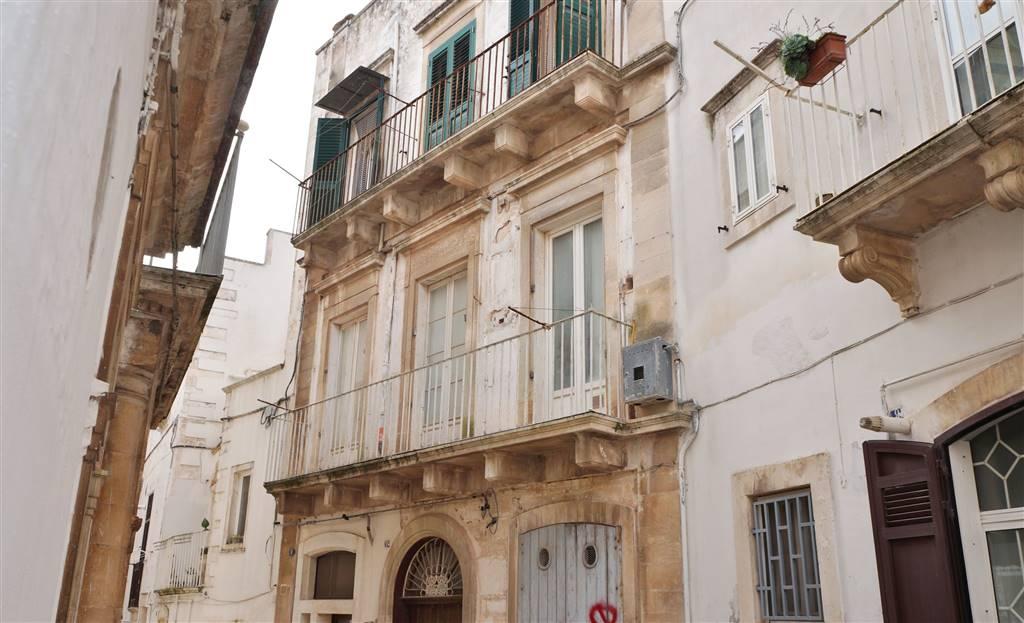 Appartamento in vendita a Martina Franca, 3 locali, zona Località: CENTRO STORICO, prezzo € 78.000 | Cambio Casa.it