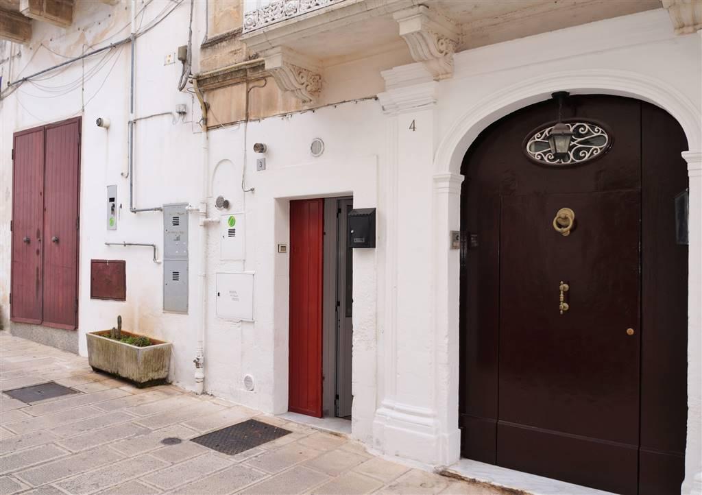 Appartamento in vendita a Martina Franca, 2 locali, zona Località: CENTRO STORICO, prezzo € 48.000 | Cambio Casa.it