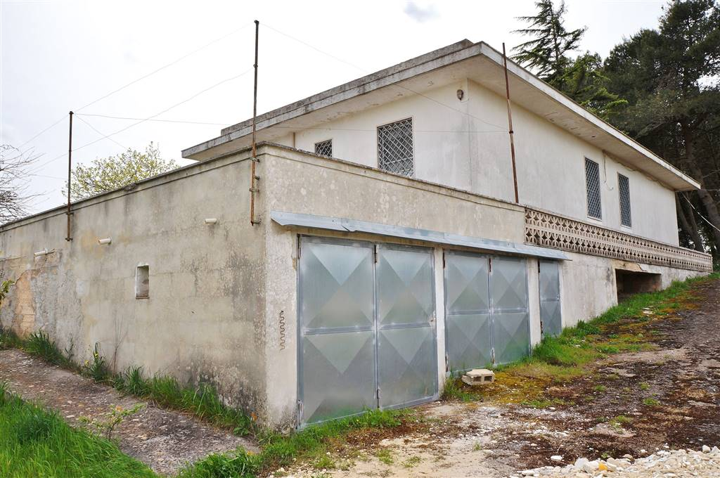 Villa in vendita a Martina Franca, 6 locali, zona Località: SAN PAOLO, prezzo € 115.000 | CambioCasa.it
