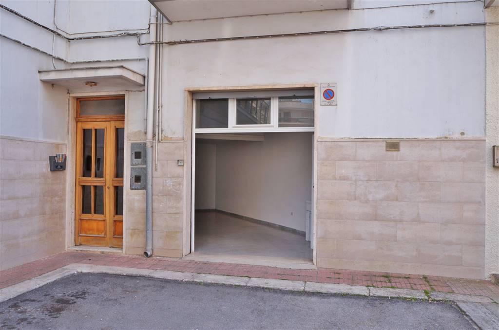 Appartamento in vendita a Martina Franca, 1 locali, zona Località: OSPEDALE, prezzo € 40.000 | CambioCasa.it