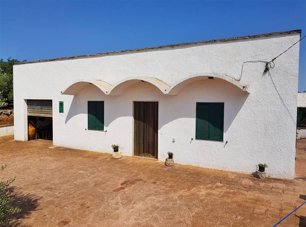 Villa in vendita a Martina Franca, 4 locali, zona Località: VIA MASSAFRA, prezzo € 89.000 | CambioCasa.it