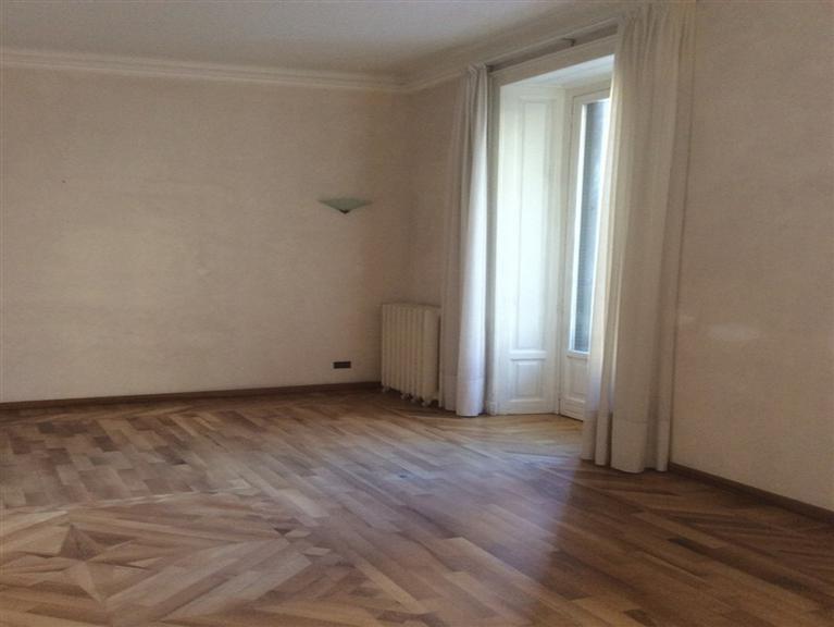 Appartamento in Vendita a Milano: 3 locali, 150 mq - Foto 2