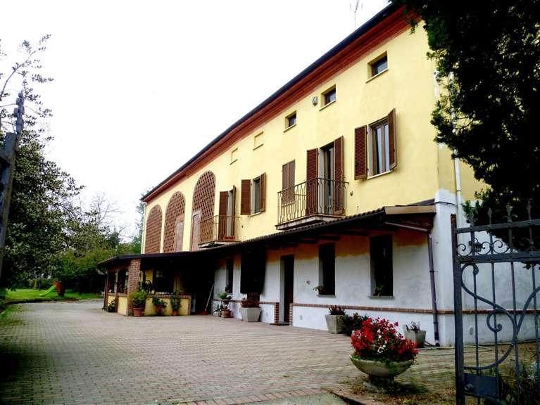 Rustico / Casale in vendita a San Salvatore Monferrato, 5 locali, prezzo € 240.000 | Cambio Casa.it