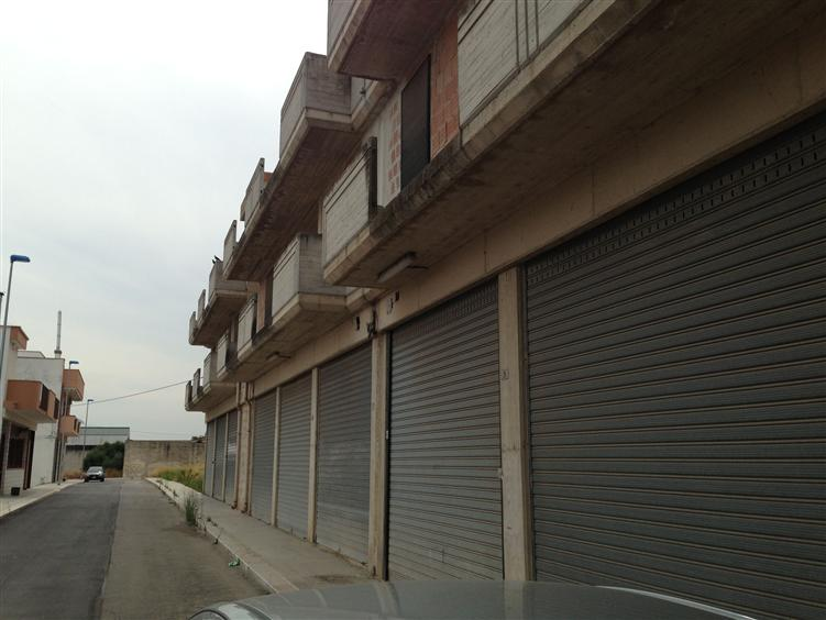 Laboratorio in affitto a Andria, 9999 locali, zona Località: SEMICENTRO, prezzo € 1.200 | CambioCasa.it