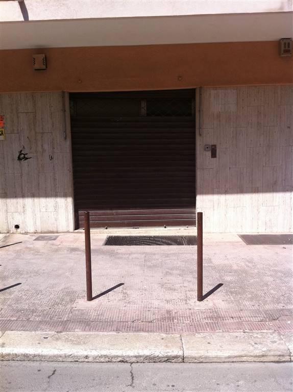 Immobile Commerciale in vendita a Andria, 9999 locali, zona Località: SEMICENTRO, prezzo € 90.000 | CambioCasa.it