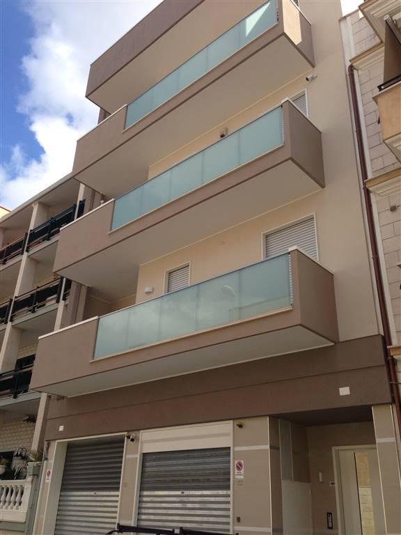 Appartamento in vendita a Andria, 3 locali, zona Località: SEMICENTRO, prezzo € 175.000 | CambioCasa.it
